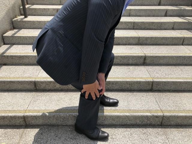 ひざの痛みに効果的な自宅でできるストレッチ法や予防法!膝痛の原因は?